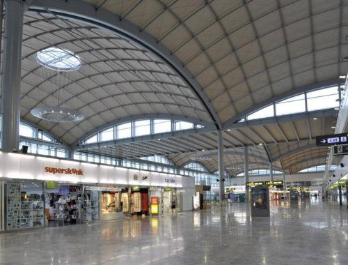 el-aeropuerto-de-alicante-aumenta-un-nueve-coma-siete-el-numero-de-pasajeros-alcanzando-asi-los-uno-coma-tres-millones-en-total