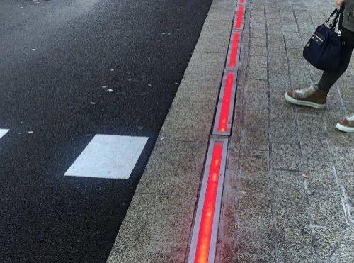 una-filial-de-industrias-saludes-crea-semaforos-de-suelo