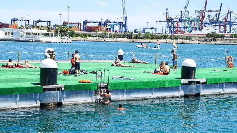 la-marina-de-valencia-tendra-su-primera-piscina-natural