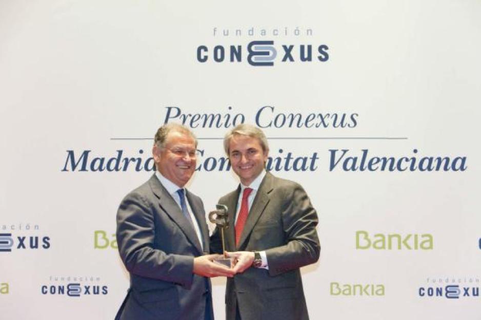 ford-gana-el-premio-conexus