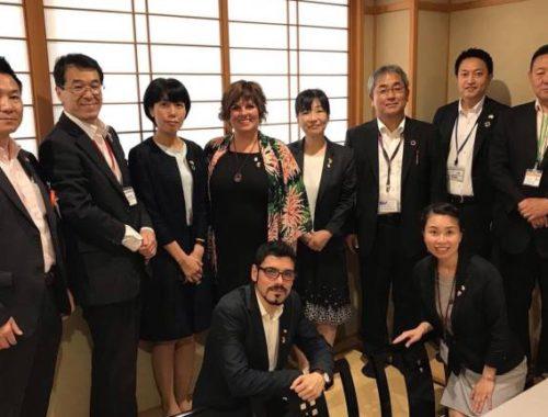 empresarios-japoneses-de-la-hosteleria-muestran-su-interes-por-el-aceite-de-oliva-castellonense
