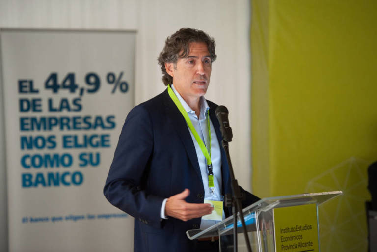 ineca-apuesta-por-la-digitalizacion-y-el-aumento-del-tamaño-de-las-empresas-para-luchar-contra-el-freno-del-crecimiento-economico-en-Alicante