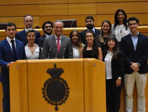 programa-de-formacion-en-liderazgo-para-jovenes-de-la-comunidad-valenciana-visita-al-senado-de-madrid-con-alberto-fabra1
