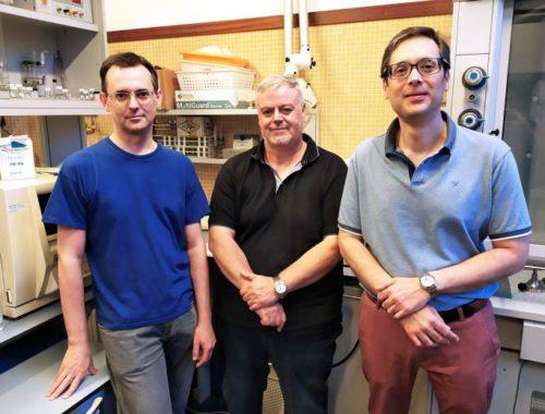 La UPV desarrolla nuevos condensadores de carga electrica en textiles que ayudaran a cargar moviles