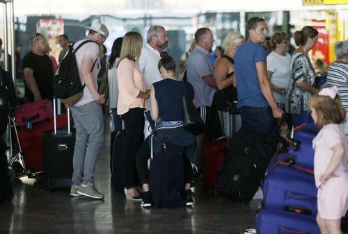 el-aeropuerto-de-alicante-elche-crece-en-numero-de-pasajeros-nacionales-e-internacionales-durante-el-mes-de-agosto