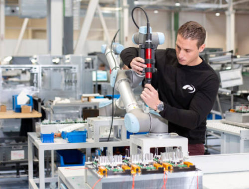 power-electronics-fabrica-respiradores-en-tiempo-record-para-los-enfermos-de-coronavirus